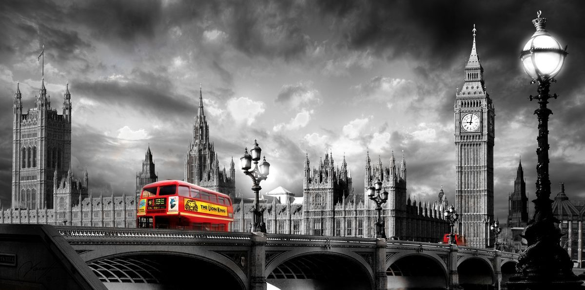 Bus on westminster bridge black white www timeart co uk